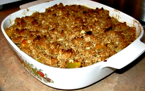 Quickie Peach Crisp with Crunchy Oatmeal Topping