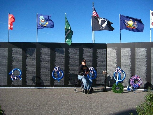 The Wall: American Veterans Traveling Tribute