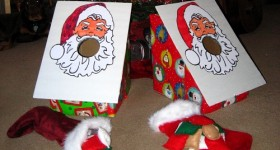 How to make a Santa Claus bean bag toss game