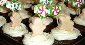 Festive Gingerbread Cupcakes with Cream Cheese Frosting