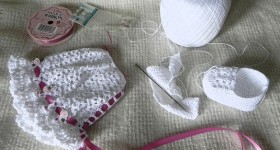Crocheted Baby Bonnet