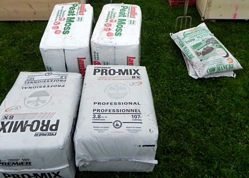 peat moss promix and cow manure