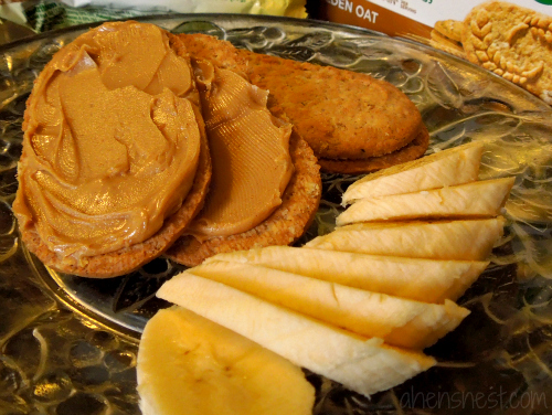 belVita Golden Oat biscuit with peanut butter