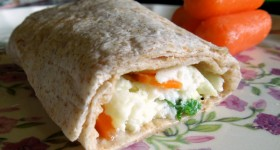 5-minute Fresh Egg White & Herb Breakfast Wrap – Spring #recipe