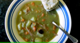 My favorite Split Pea and Leftover Ham Soup #recipe