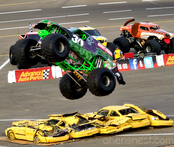 Monster Jam Grave Digger 2012