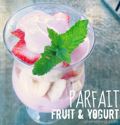 yogurt fruit parfait
