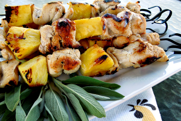 easy grilled pineapple chicken kebabs
