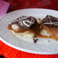 Harvard Sweets Boutique caramel shortbread bars