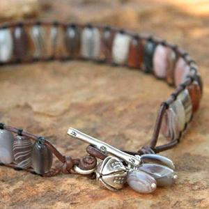 Novica agate bracelet