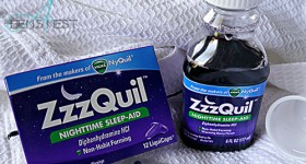 ZzzQuil Nighttime Sleep Aid LiquiCaps & Warming Berry Liquid #ZzzQuilNight