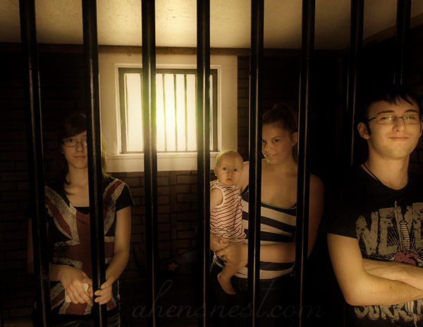 first-zoo-trip-baby-jail