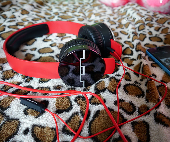 SOL REPUBLIC TRACKS interchangeable headphones