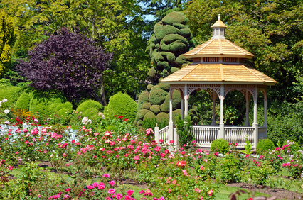 Spring rose garden gazebo - photo courtesy of ©perlphoto - Fotolia.com