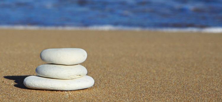 pebbles balance beach
