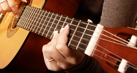 What To Look for When Choosing a Guitar Teacher