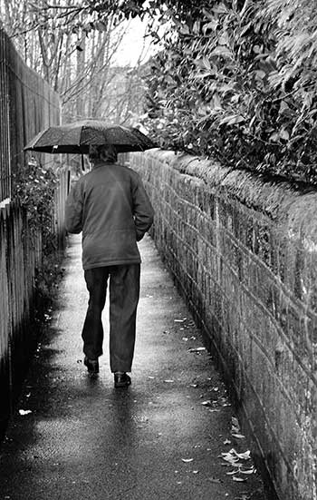 old_man_in_rain