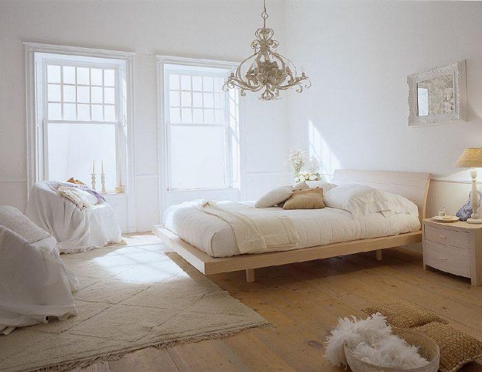 classy-white-bedroom-decor